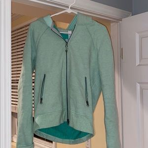 MINT GREEN LULULEMON ZIP UP